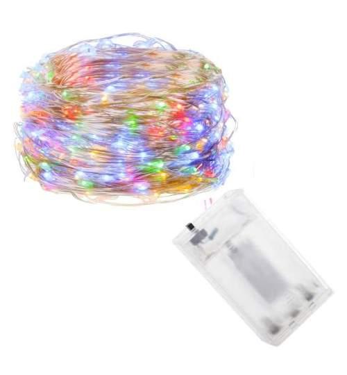 Instalatie luminoasa LED de Craciun, 50 led-uri, 5m, multicolor, Alimentat cu baterii 3xAA
